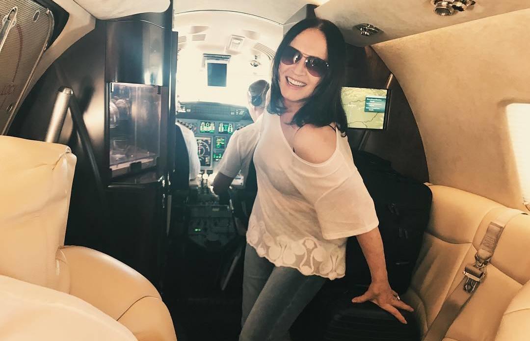 София Ротару затмила Пугачеву, похваставшись личным самолетом