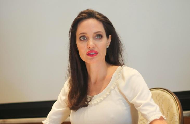 Анджелина Джоли впервые за долгое время вышла в свет