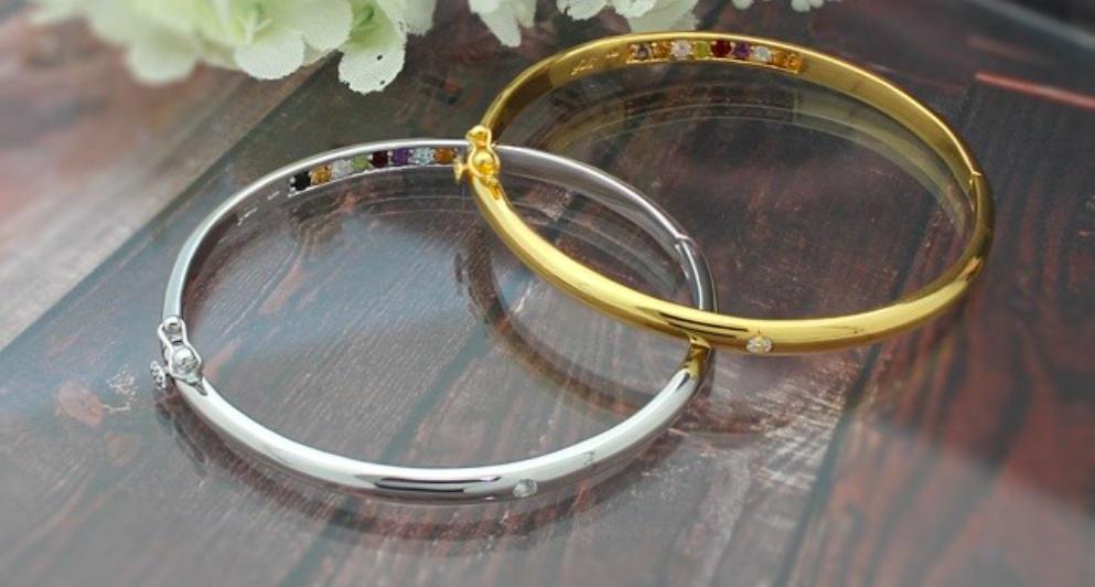 Вопрос стилисту: можно ли сочетать золотые и серебряные украшения?