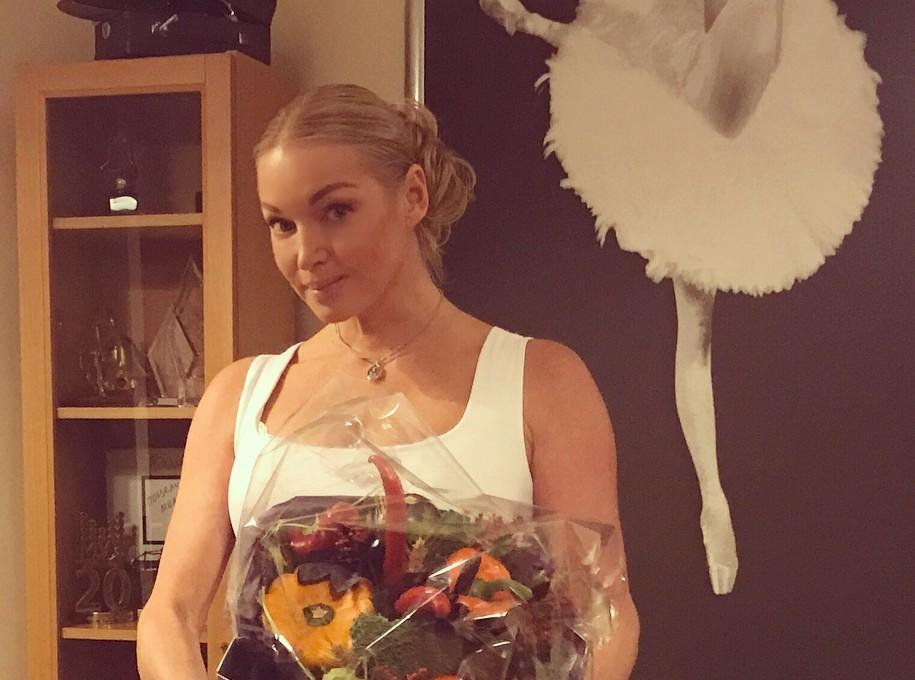 Анастасия Волочкова показала, как выглядят ноги балерины