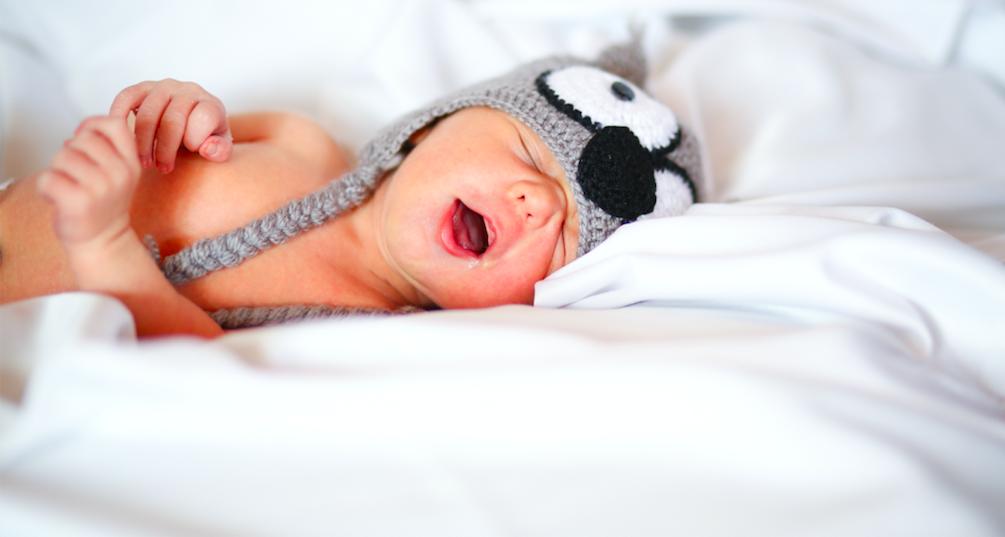 Факт дня: малышам лучше спать отдельно от мамы
