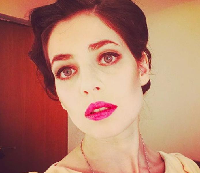 Юлия Снигирь удивила снимком без макияжа