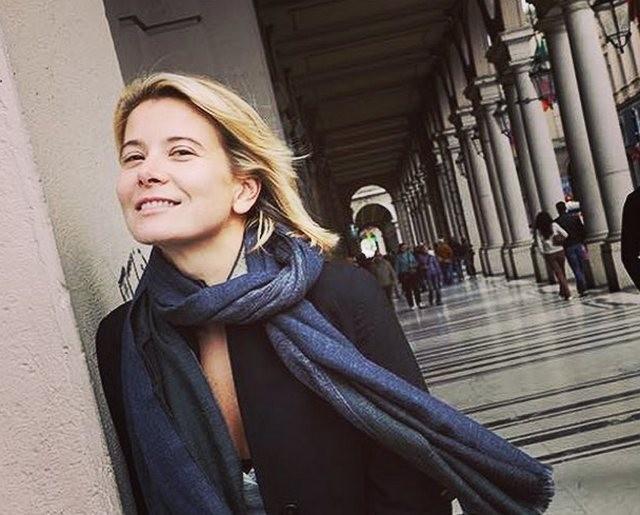 44-летняя Юлия Высоцкая поразила поклонников идеальной фигурой
