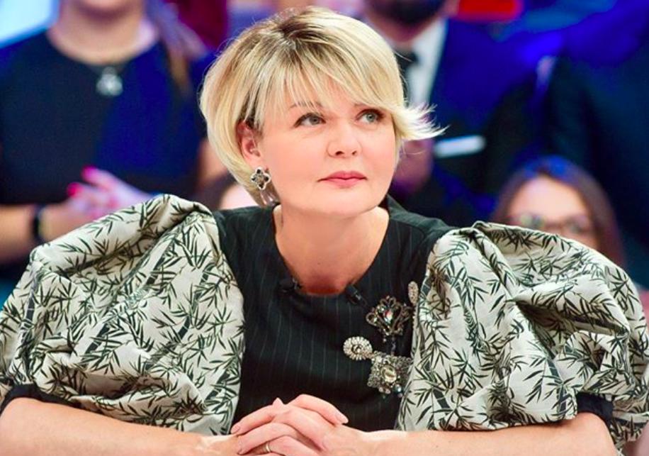 Юлия Меньшова начала одеваться не по возрасту