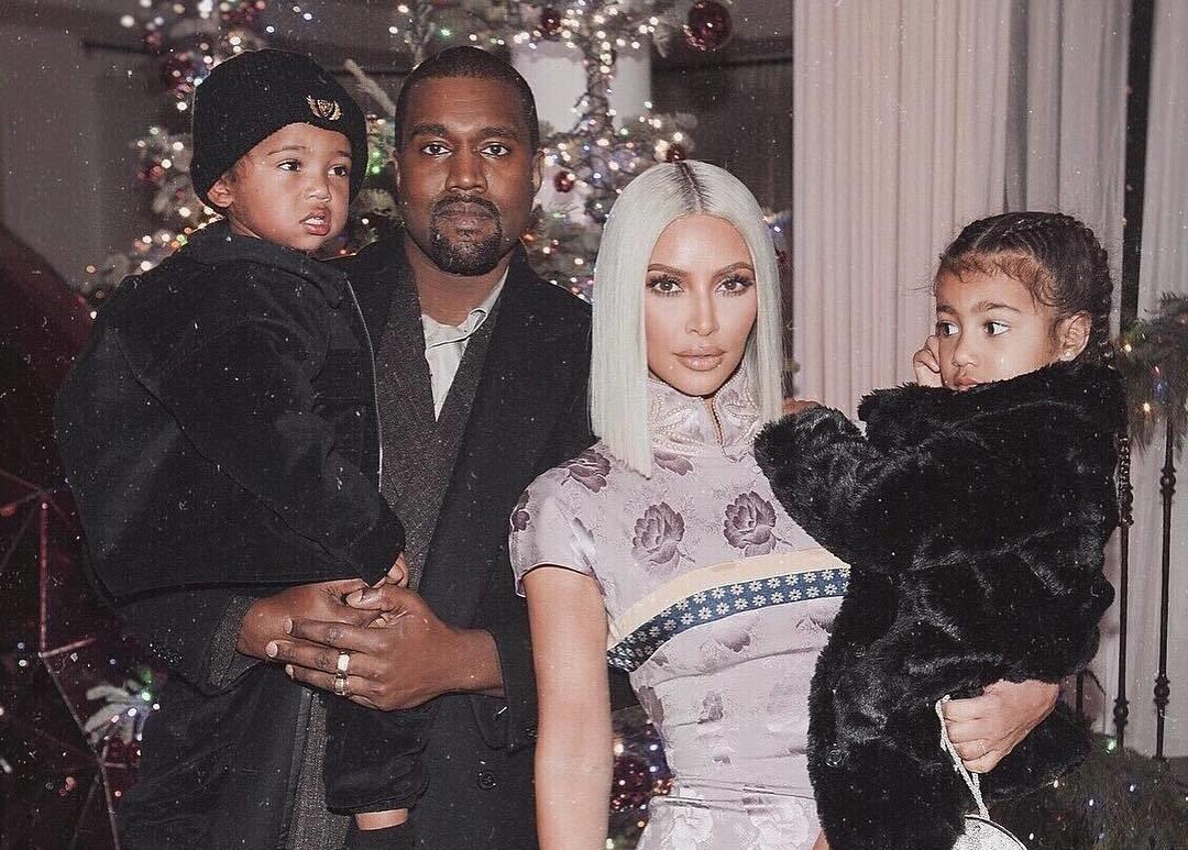 Ким Кардашьян и Канье Уэст в третий раз стали родителями