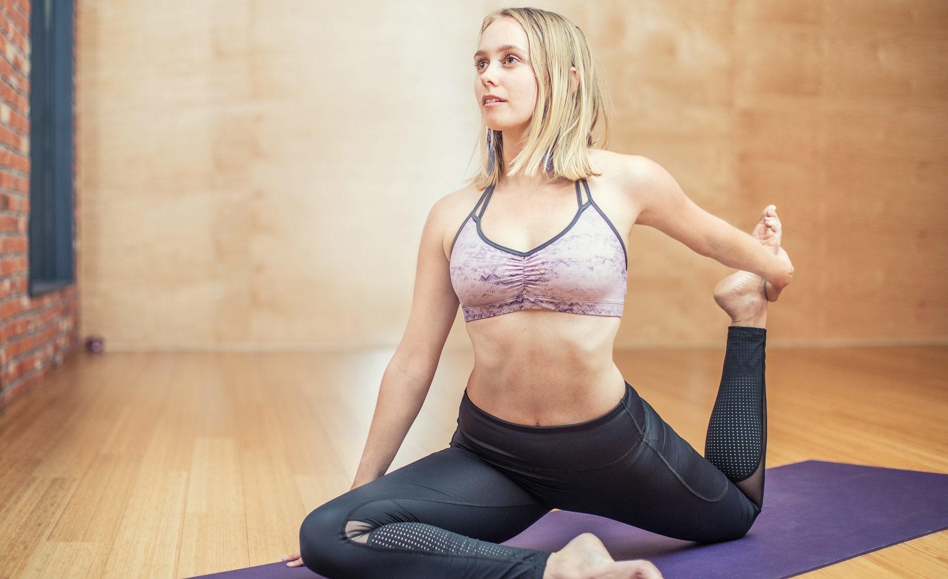 Избавляемся от простуды с помощью йоги: 5 асан