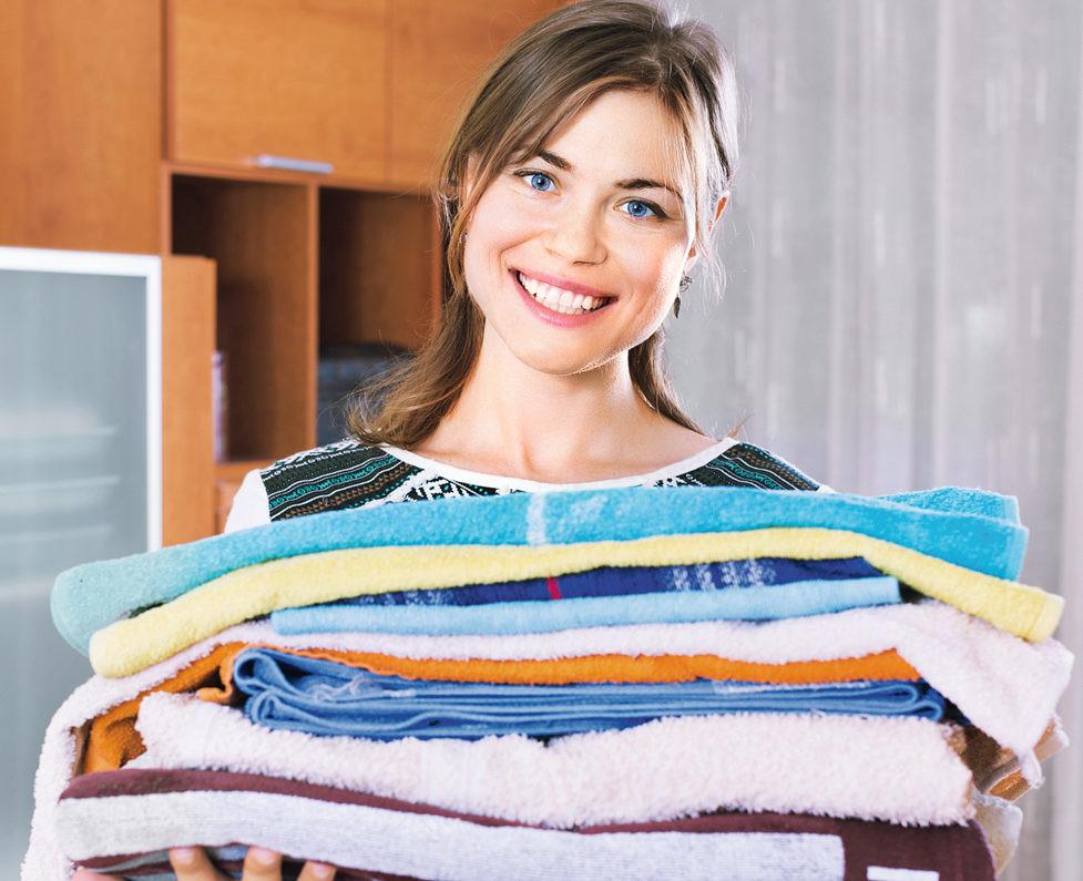 Как вывести пятна с одежды дома? Советы на все случаи