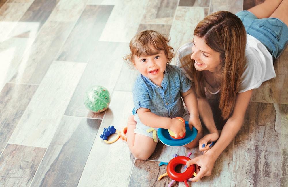 Мама в деле: как не сойти с ума в первые недели после родов?