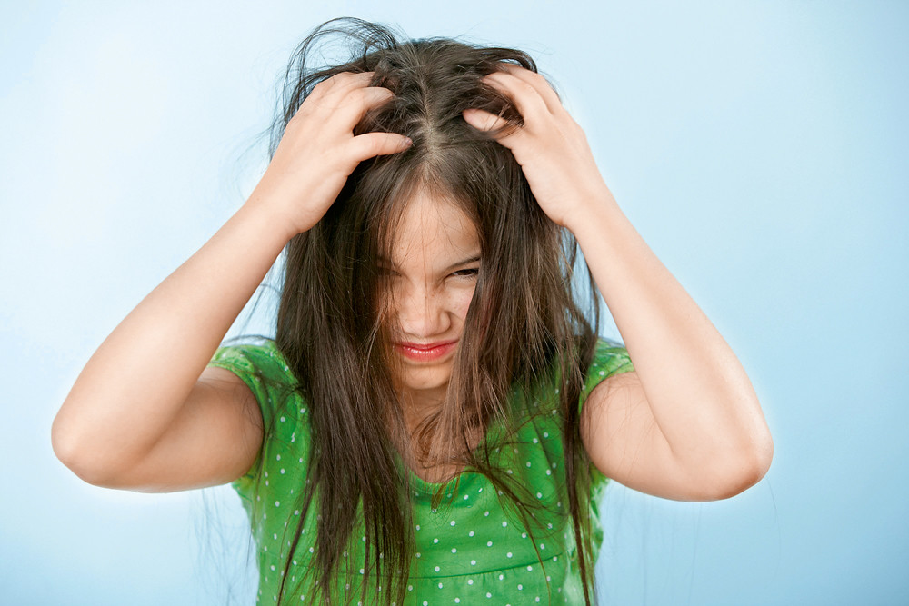 Вши у ребенка: как вывести?
