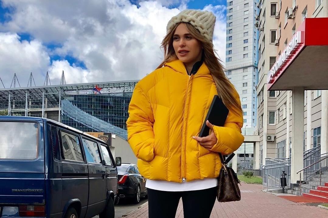 «Это был не жир»: Анна Хилькевич объяснила, почему живот после родов никак не уходил, и нашла способ вернуть талию