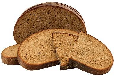 Нарежь тонкими ломтиками свежий ржаной хлеб и разложи его на несколько блюдцев, предварительно застеленных бумажными салфетками.На каждую полкупоставьпо одномублюдцу.