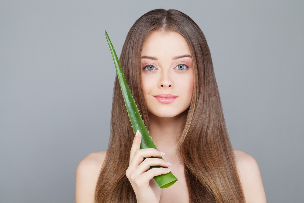 5 мощных рецептов из домашнего алоэ для омолаживающих процедур