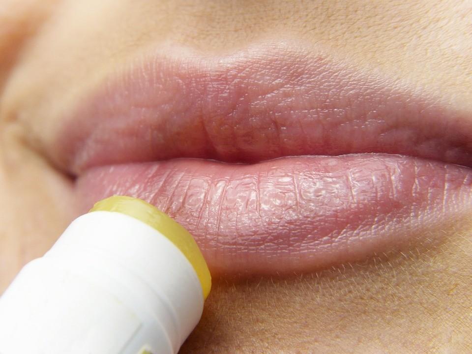 10 способов вылечить герпес на губах самостоятельно