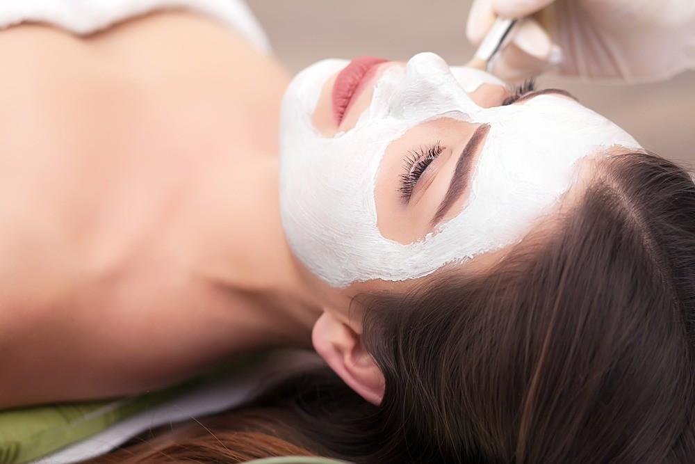 Альгинатные маски: как они решают 8 сложнейших проблем женской кожи?