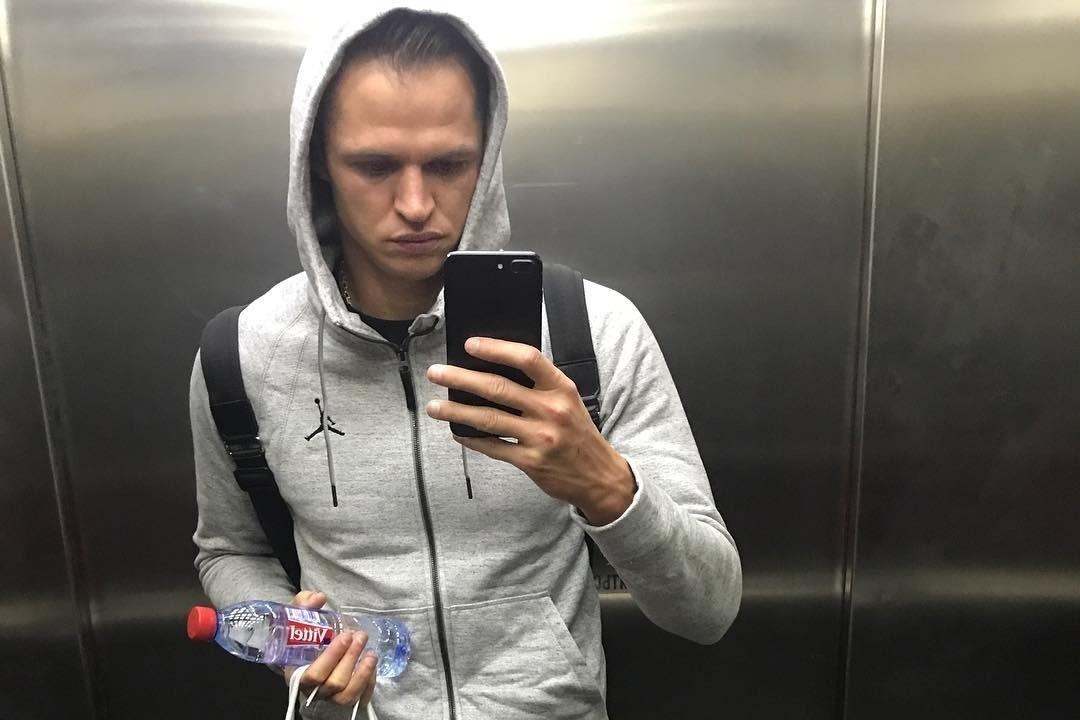 Дмитрия Тарасова обязали выплатить бывшей жене задолженность по алиментам