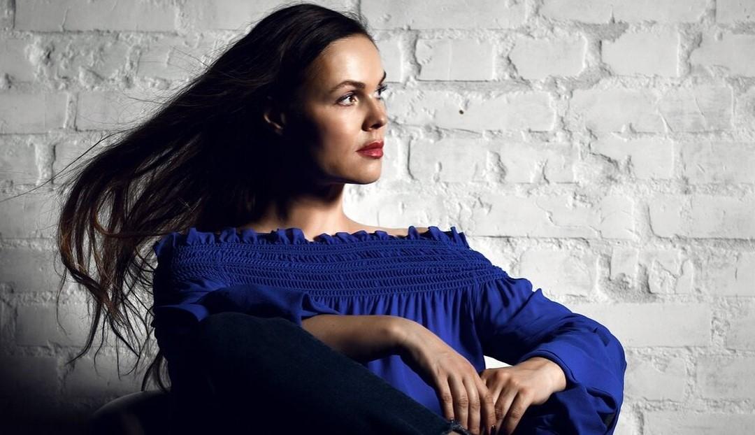 Екатерина Андреева поделилась приемом, с которым на фото она выглядит на 20 лет моложе