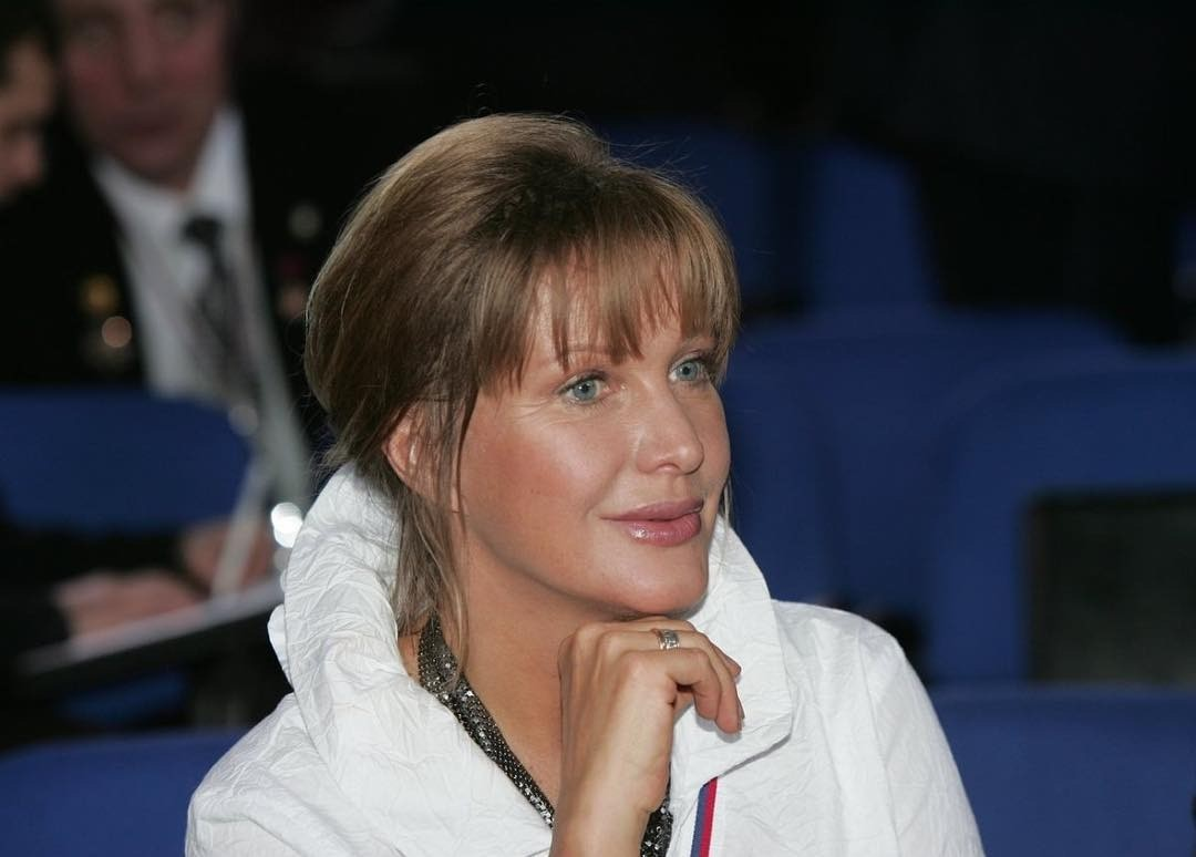 Елена Проклова рассказала домашний рецепт маски для бурного роста волос