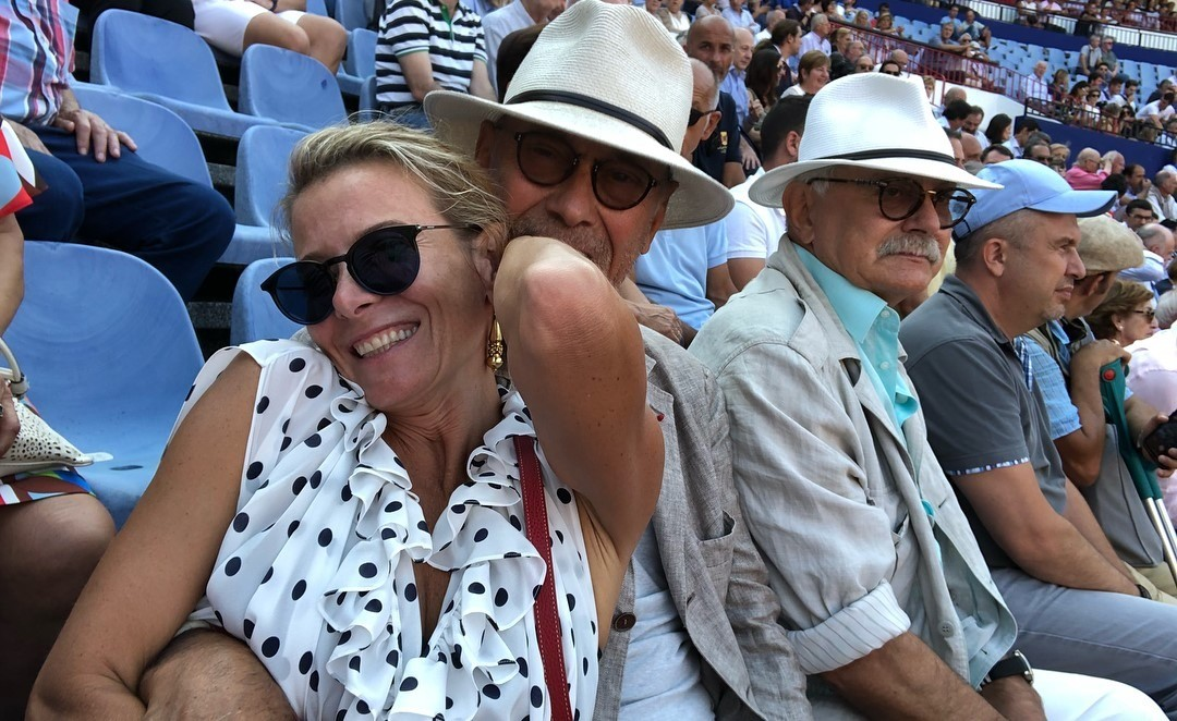 «Андрон от нее отдалился»: Юлия Высоцкая и Андрей Кончаловский переживают кризис в отношениях