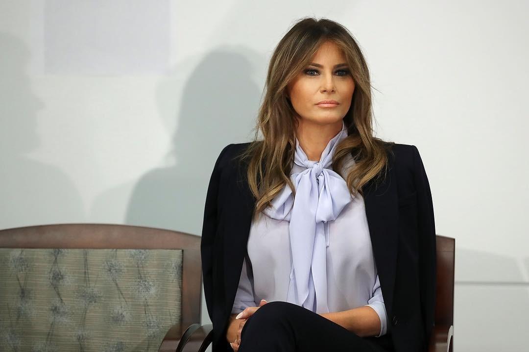 Три ярких жакета, как у Мелании Трамп, которые сделают женщину 45+ моложе