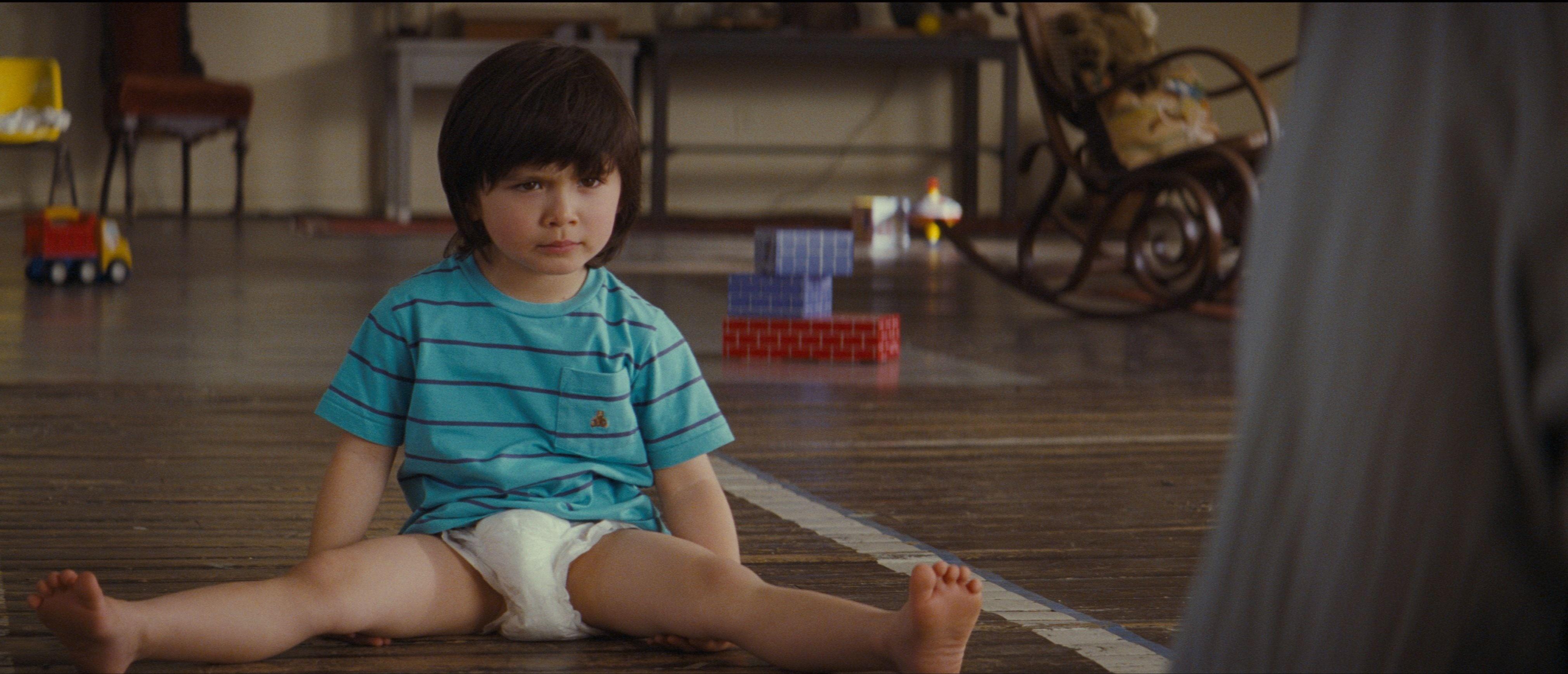 «Мальчикам нельзя, да и ножки колесом будут»: 5 «мамских» мифов о подгузниках