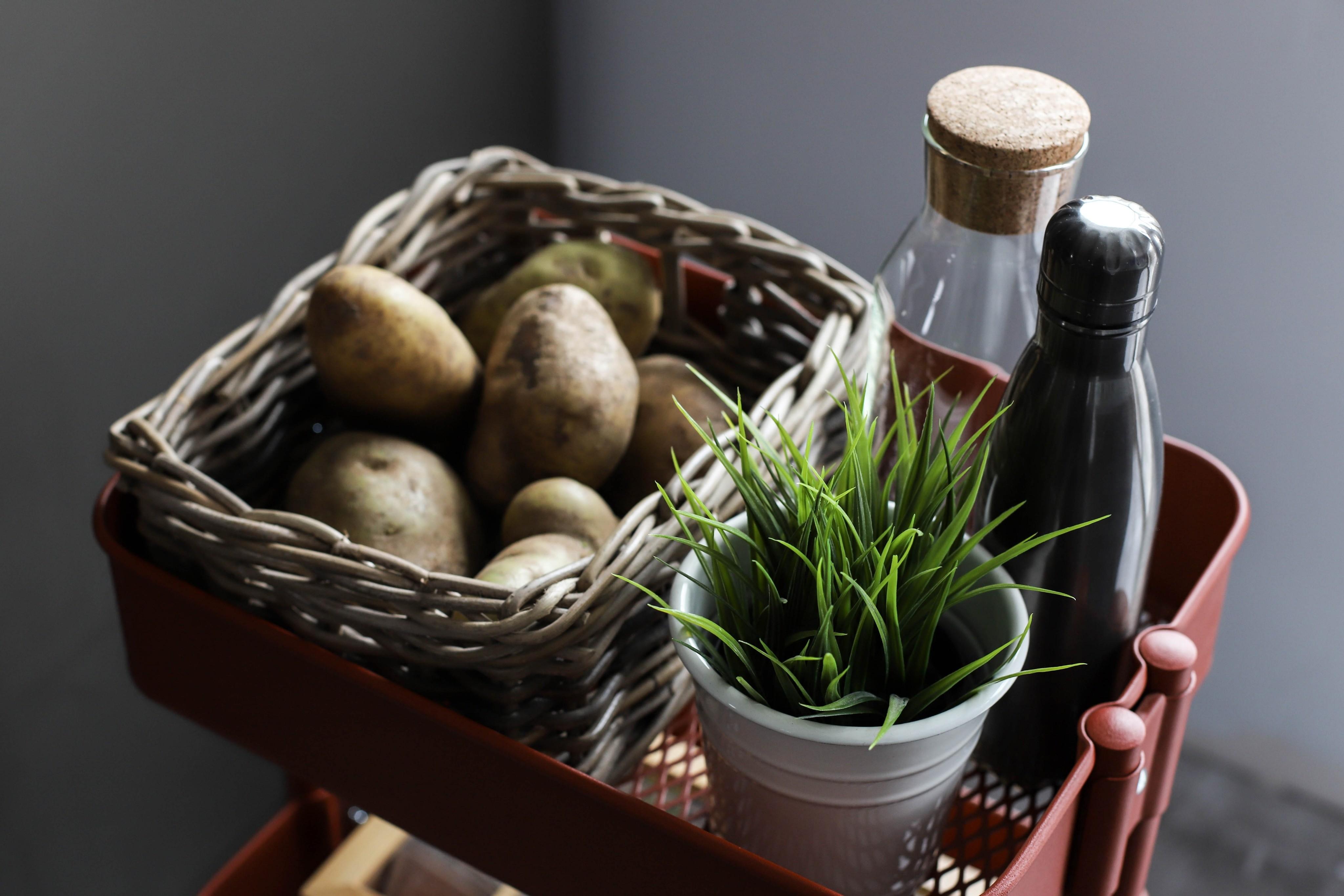 Осенние витамины для женщин: как понять, чего тебе не хватает?