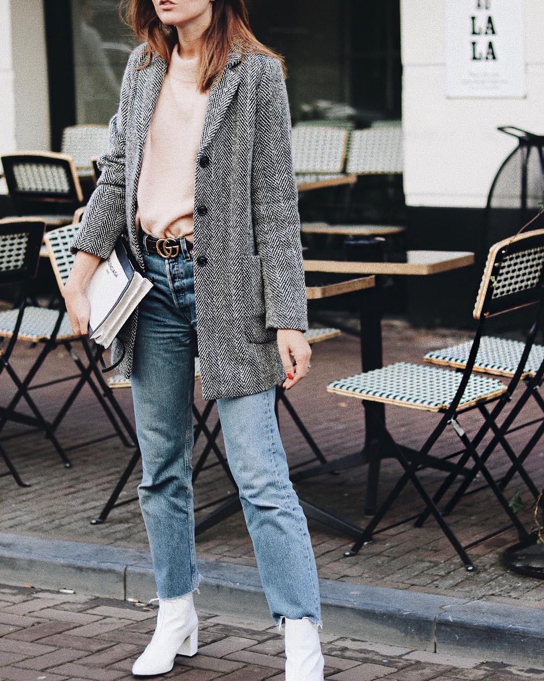 Высоким девушкам стилисты советуют носить удлиненные жакеты прямого кроя. Такие модели красиво сочетаются слюбыми нарядами, а также обувью – ты сможешь носить удлиненный жакет ис обувью...