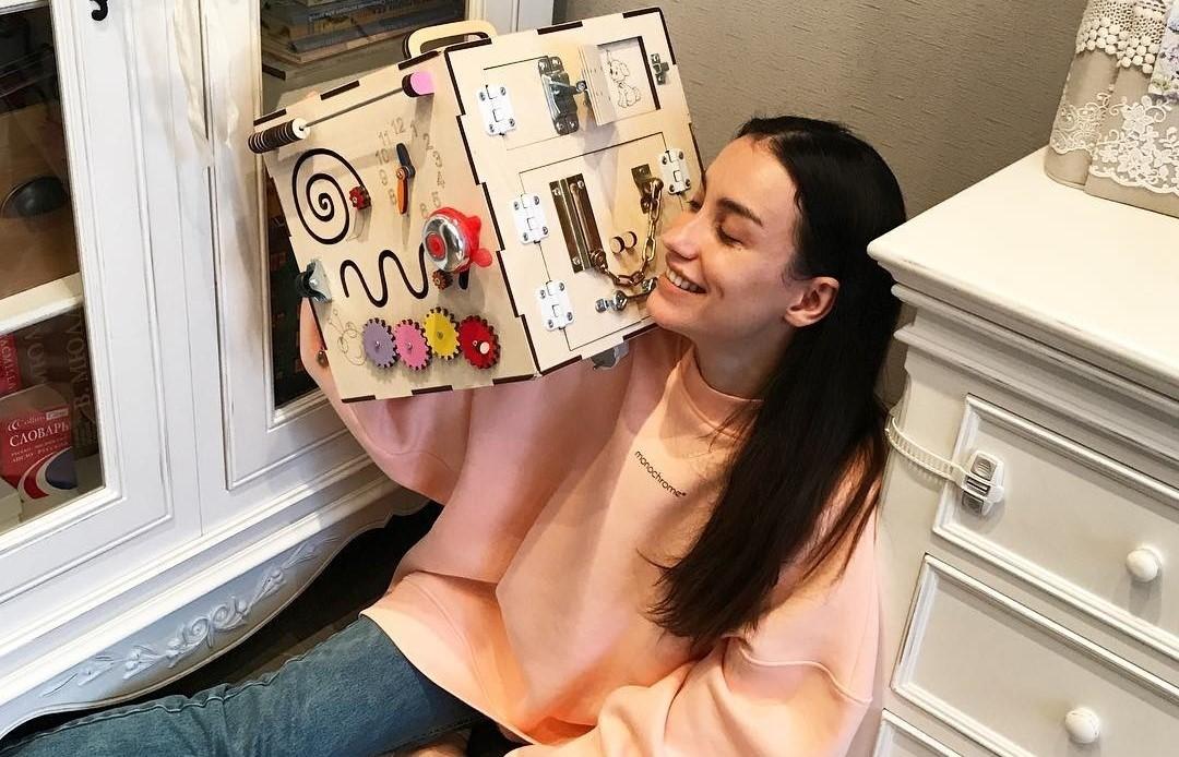 Виктория Дайнеко подала мамам классную идею, что подарить дочери на 3-летие