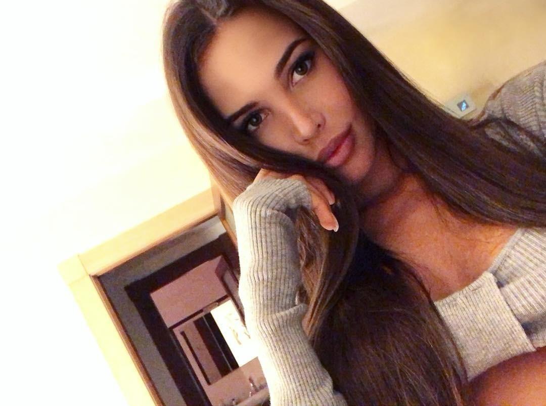 Беременная Анастасия Решетова спела и станцевала лезгинку с Тимати в Грозном (видео)