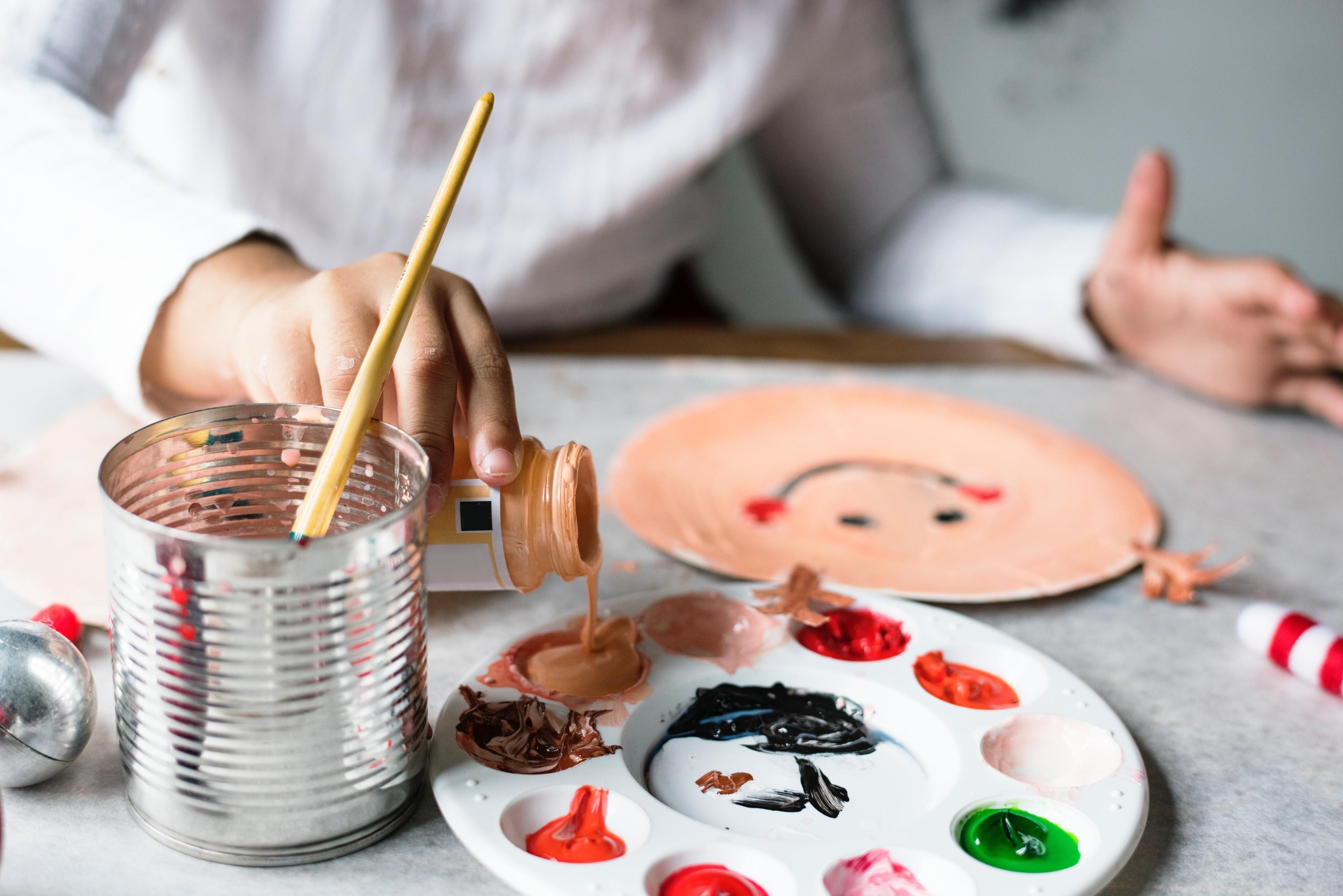 Плавание, «музыкалка» или рисование: в какие секции отдать детей разных знаков Зодиака?