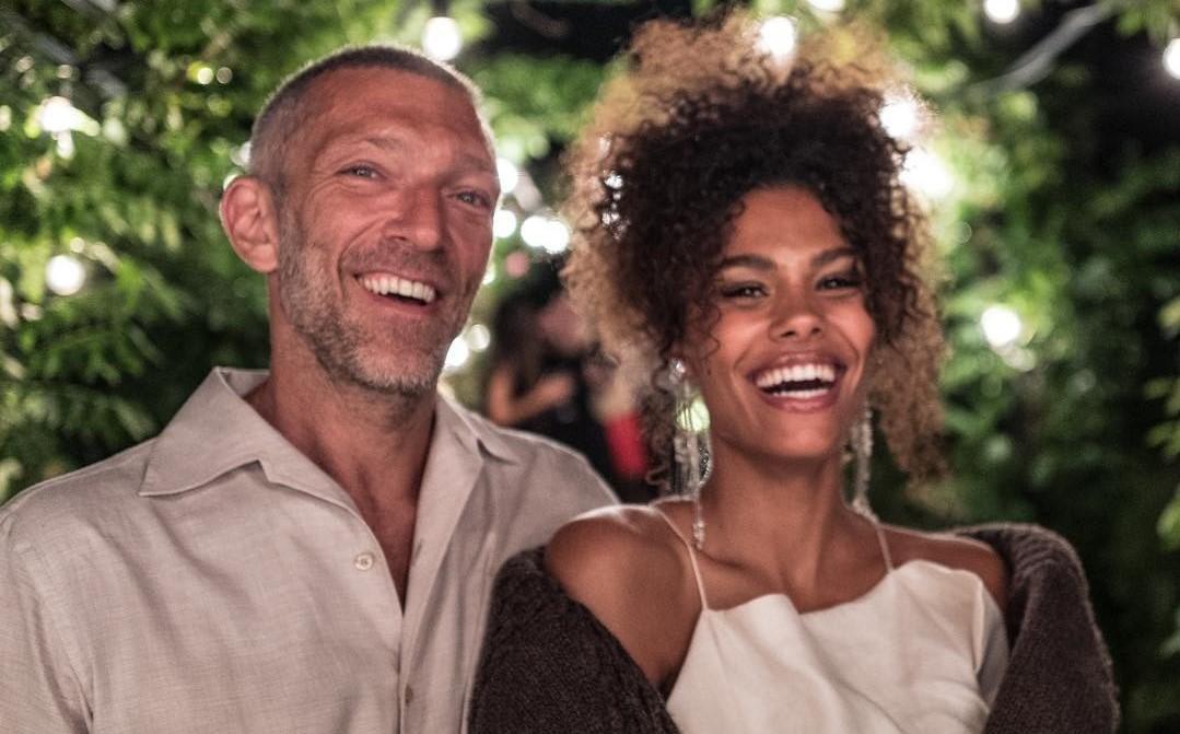«Нельзя быть такими милыми!»: Венсан Кассель покорил поклонников фото с молодой супругой