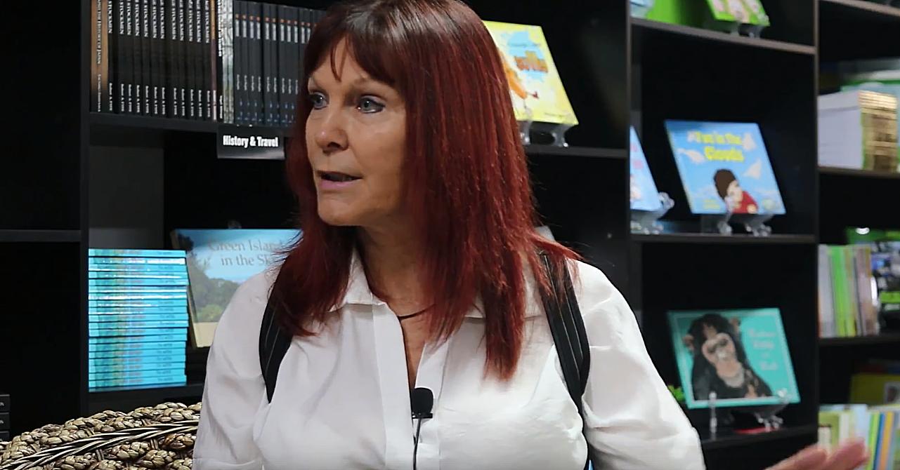 Ягодка опять: австралийская бабушка стала эскортницей и написала книгу о клиентах