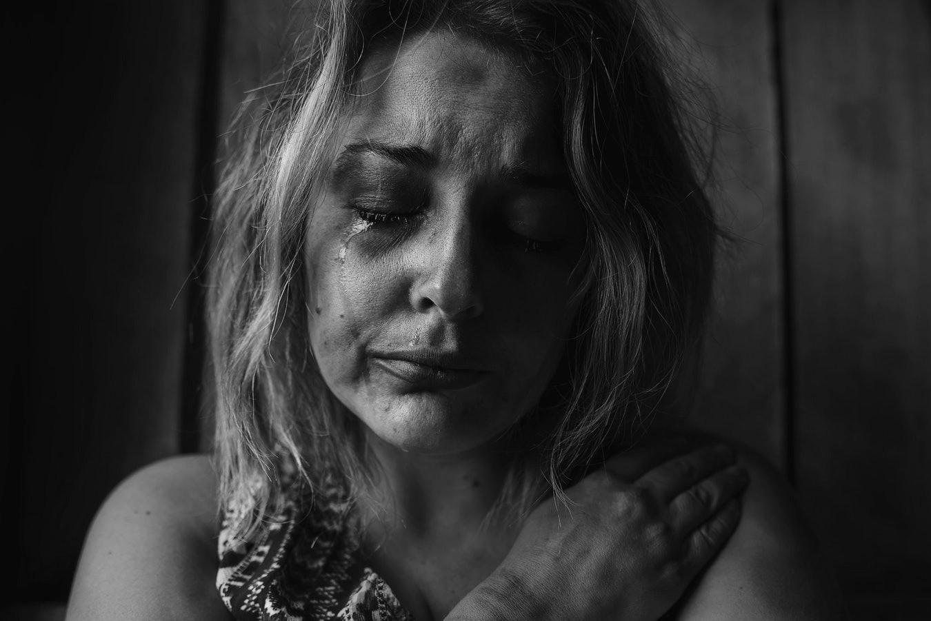 Что делать, если твой мужчина – домашний тиран: признаки «больных» отношений
