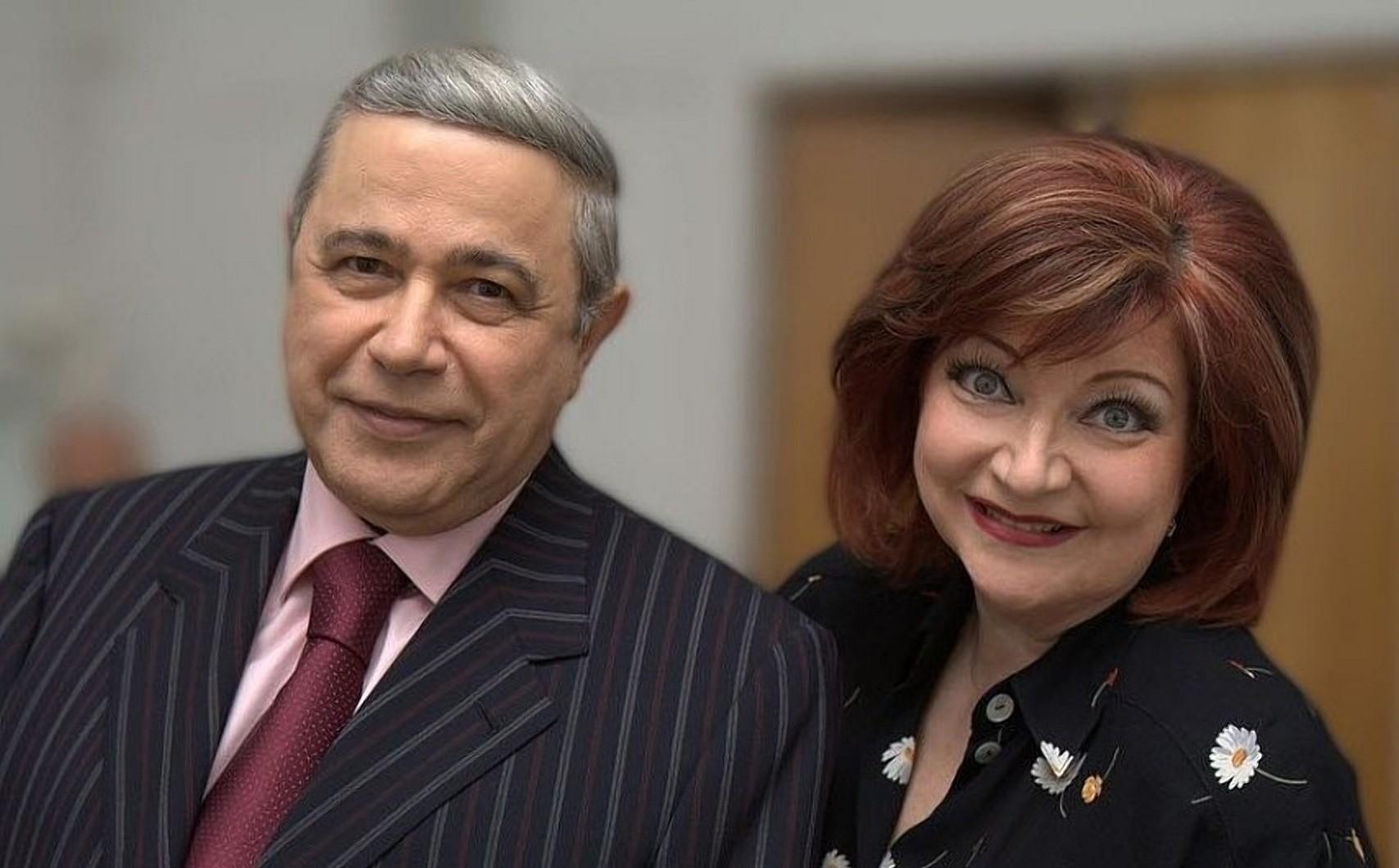 Евгений Петросян и Елена Степаненко официально разведены