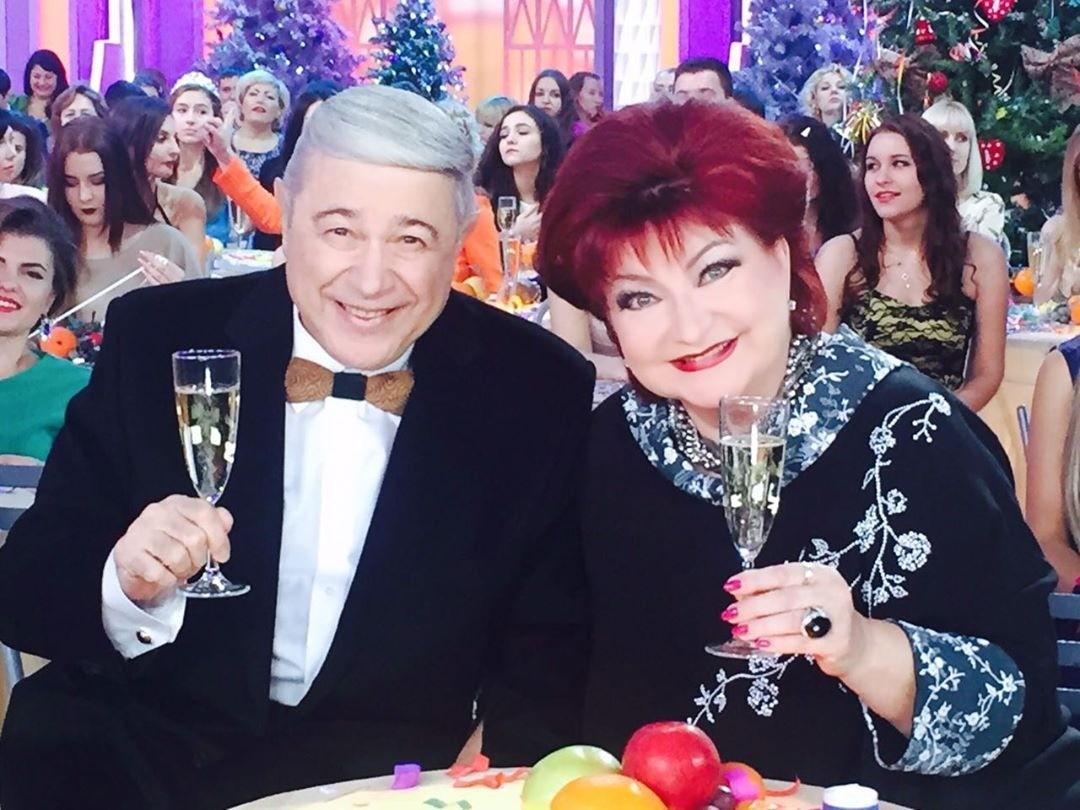 Тест: насколько ты Петросян и Степаненко? Продолжи шутки звездного дуэта