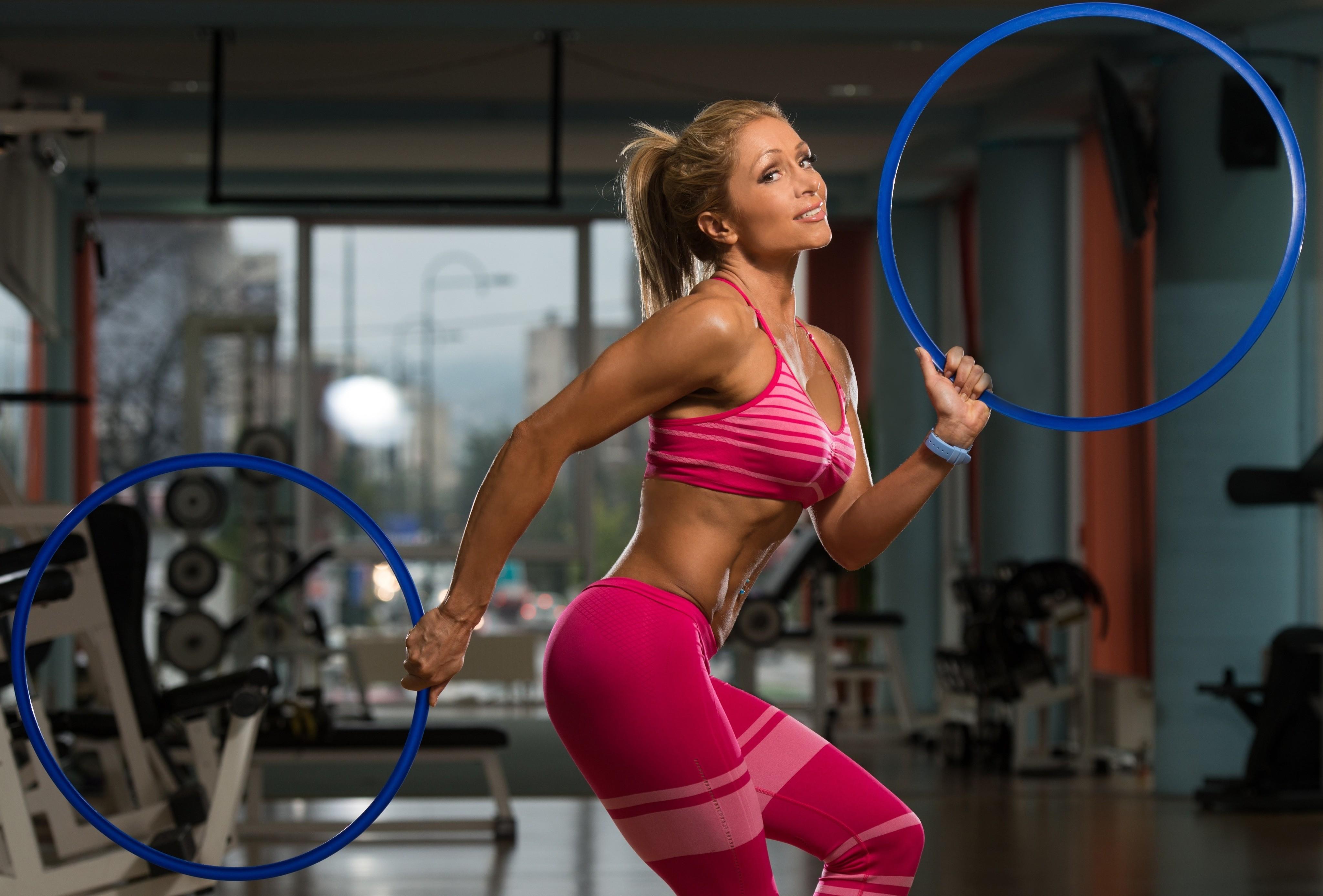 Обруч для похудения: эффективность и вред