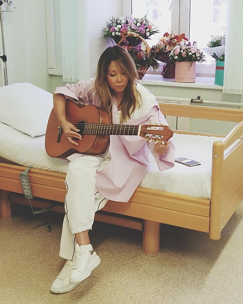 На момент госпитализации у пев&...