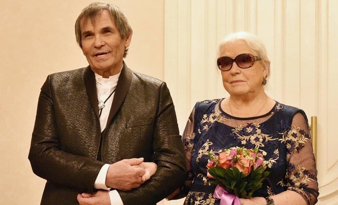 Бари Алибасов женился на Лидии Федосеевой-Шукшиной