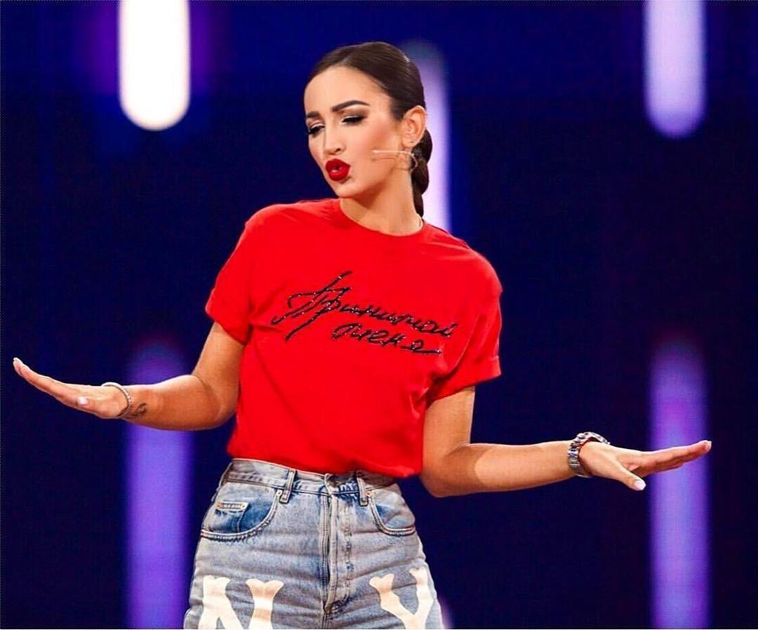 Ольгу Бузову заподозрили в том, что она скопировала свое шоу с концерта Бейонсе