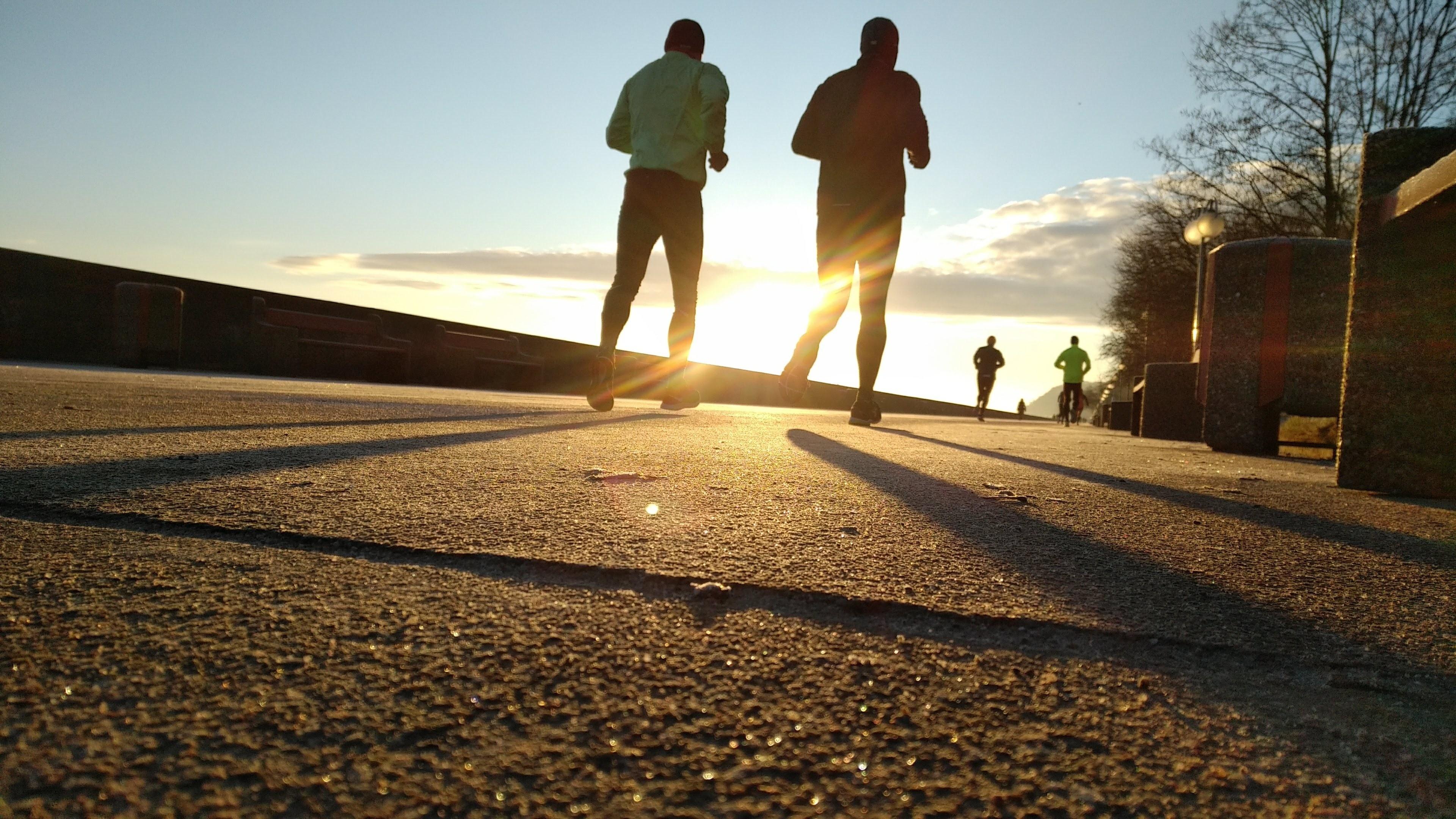В чем польза бега по утрам? Советы для новичков
