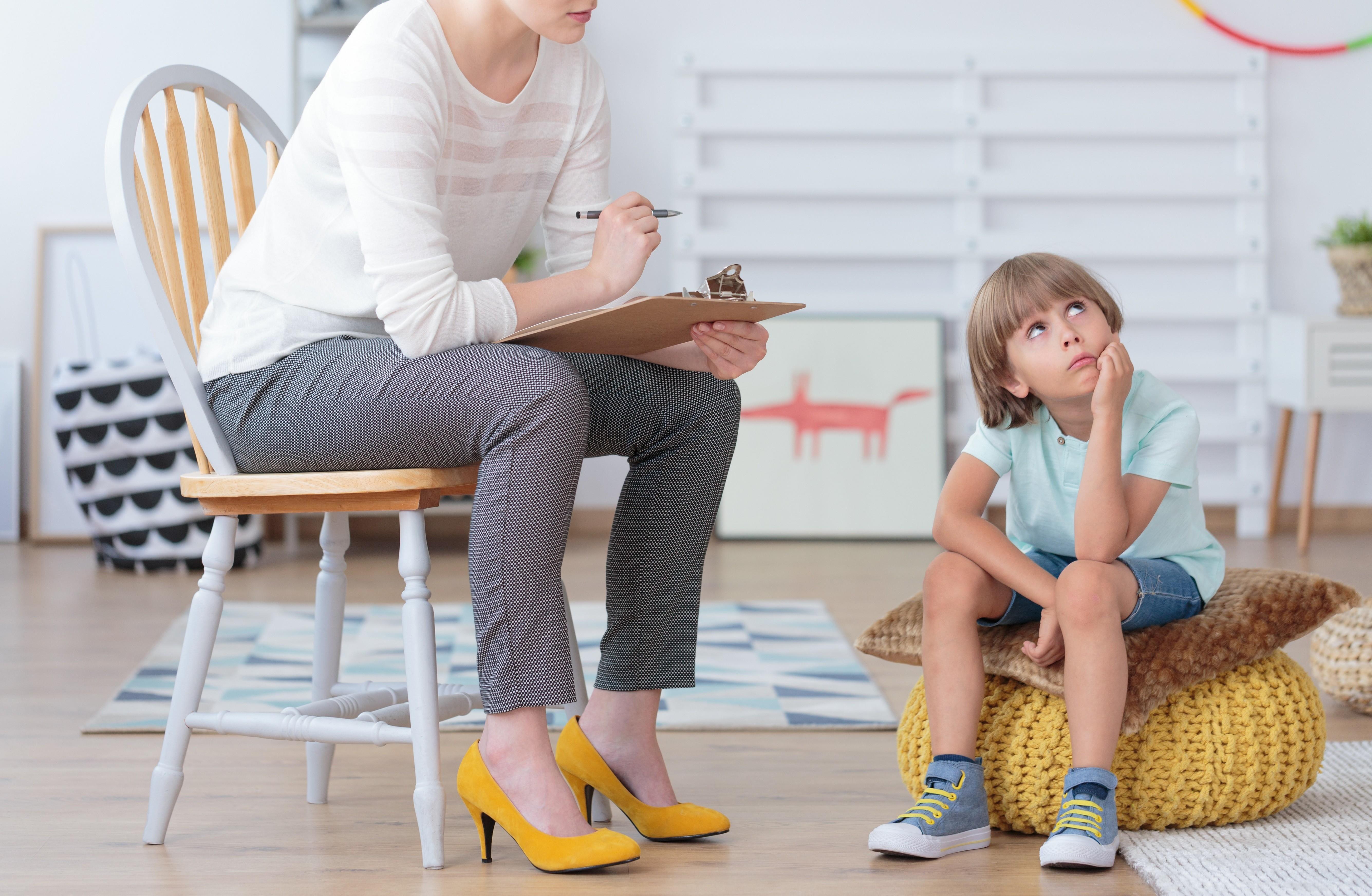 СДВГ или гиперактивность: темперамент, наказание маме, болезнь?