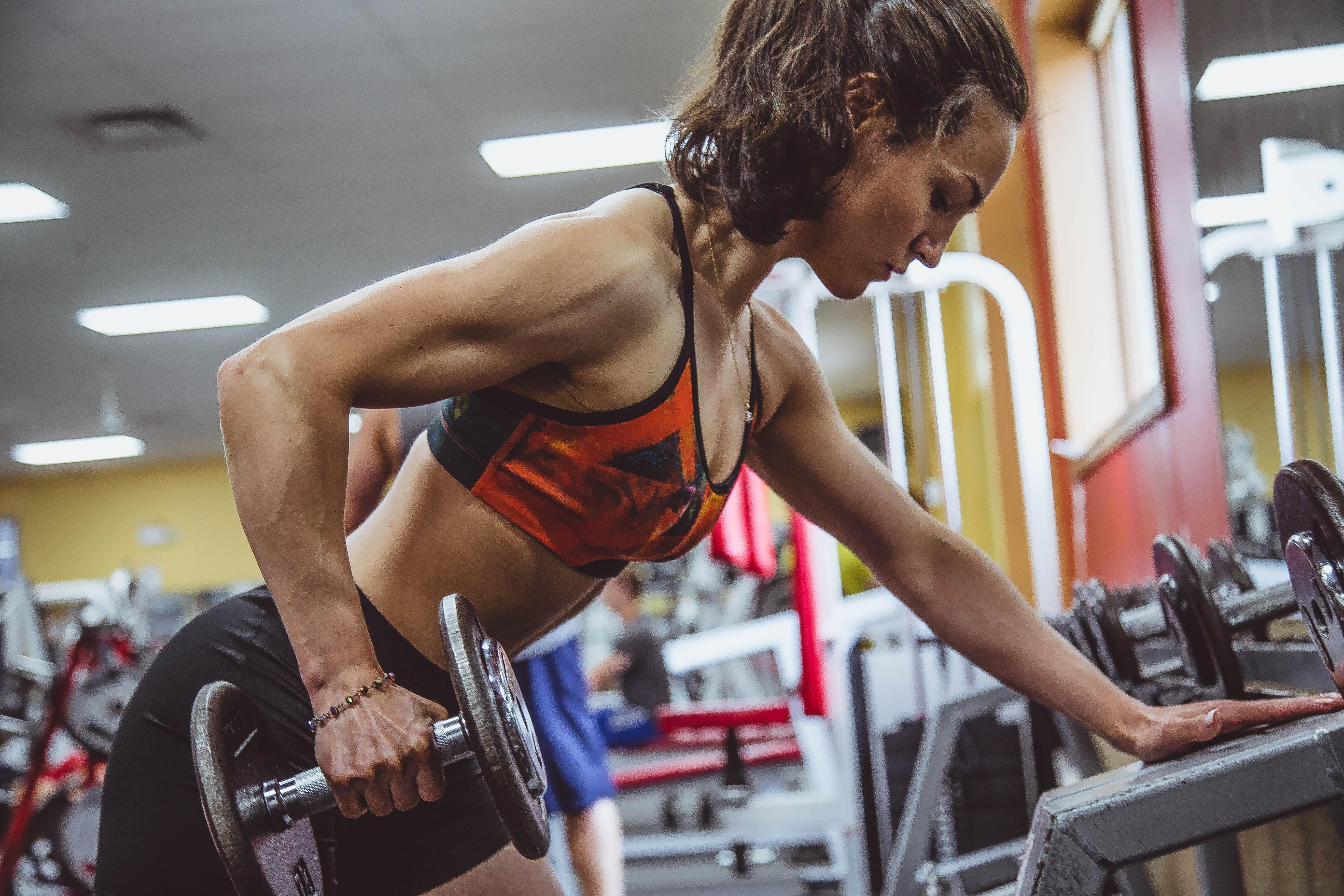 Как одеваться в спортзал? Почему одежда влияет на эффективность тренировок