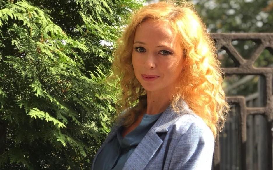 Елена Захарова рассказала, как справляется с дочерью без нянь