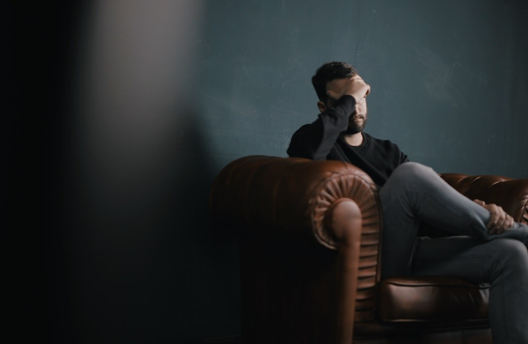 Тщательно изучив анкеты насайте знакомств, исследователи пришли кследующему выводу: мужчины, чей возраст оканчивается нацифру 9 (29, 39, 49 лет итак далее) чаще ищут интрижек насторо...