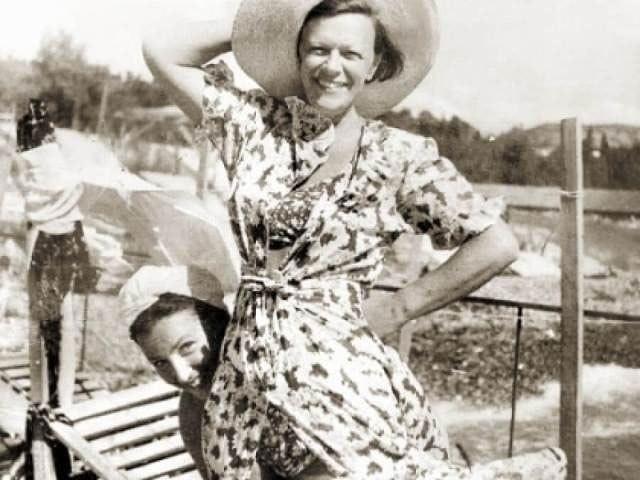 Азам профессии ее научил отец, актер ИванПельтцер. В молодости Татьяна Ивановна долгомыкалась по разным театрам, вышла замуж и переехала с мужем-иностранцем в ГДР.После был развод и в...