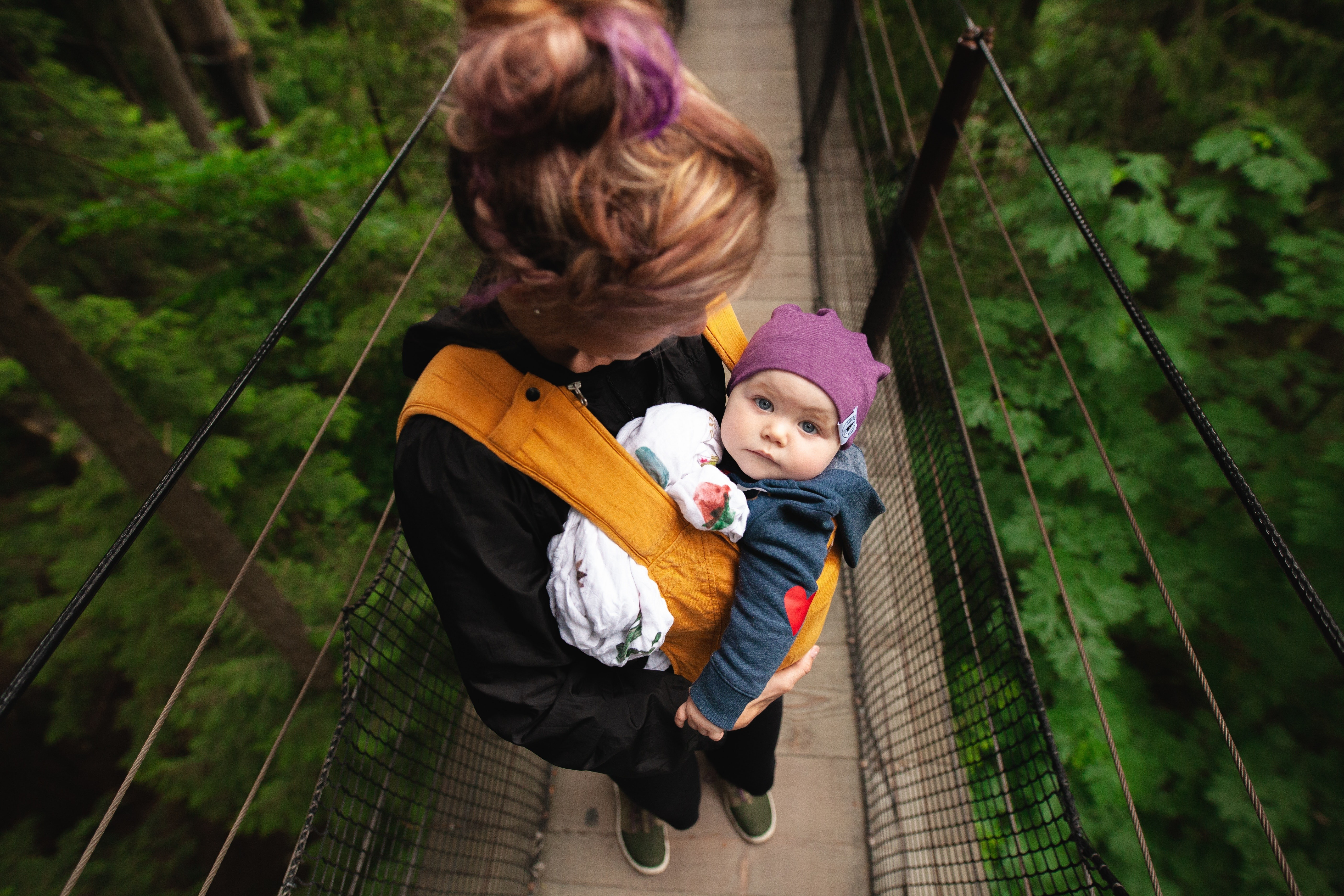 5 страшных последствий гиперопеки над детьми