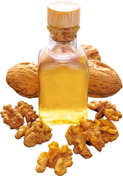 Богато витаминами А, Е, С, железом ийодом, обладает характерным насыщенным вкусом иароматом. Вблюда (заправки, тушеные изапеченные овощи, выпечку) ореховое масло добавляют буквально п...