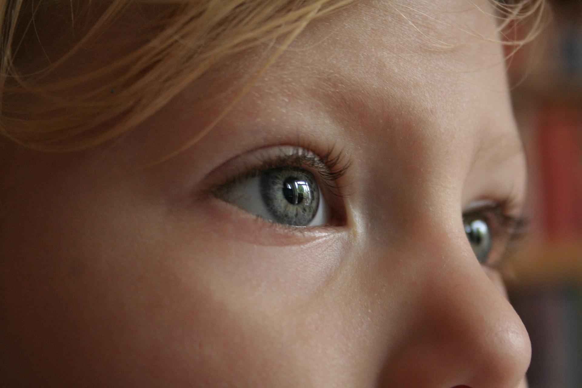 Что окружающие бессознательно понимают по твоим морщинам, форме губ и глаз?