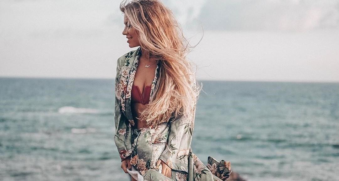 «Соколовский будет локти кусать»: Рита Дакота проводит отпуск в компании миллионера