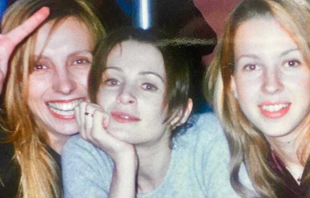 «Совсем на себя не похожи!»: в сети обсуждают «юные» фото Светланы Бондарчук и Оксаны Фандеры