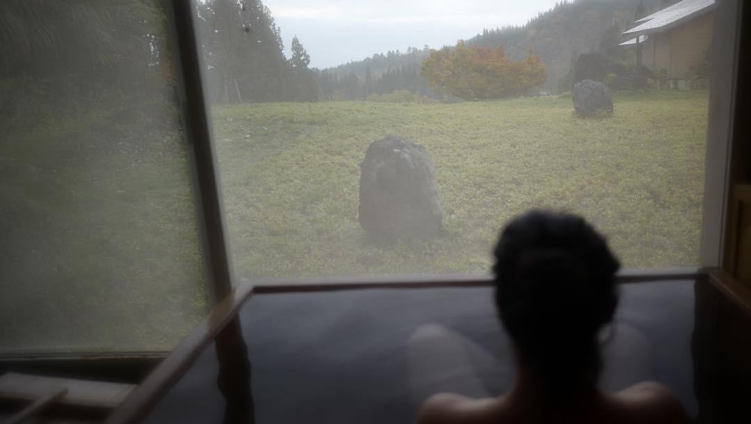 Марина Александрова опубликовала чувственные фото из ванной
